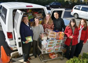 BlackRock-food-drive-for-the-Crisis-Minisry-november-2012