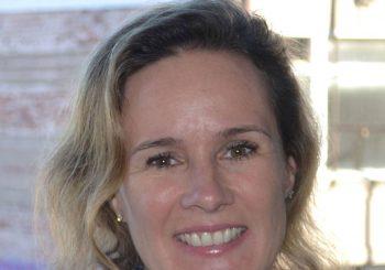 Carolyn Biondi Headhsot